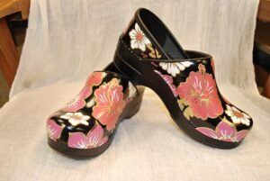 LIMITED EDITION DANSKO HAND PAINTED PROFESSIONAL CLOG - PINK FLORAL