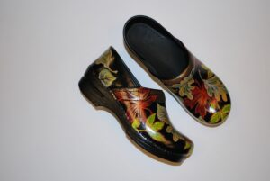 LIMITED EDITION DANSKO PROFESSIONAL HAND PAINTED CLOGS - FALL